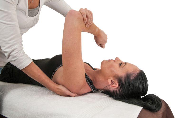 ЛФК при артрозе способна снять болевые ощущения
