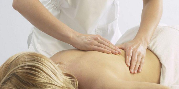 Массаж при спондилоартрозе поможет снять воспаление