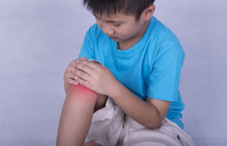 Заболевание поражает крупные суставы
