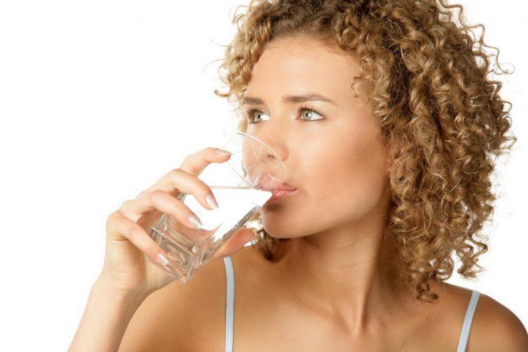 Больному необходимо выпивать достаточное количество воды в день