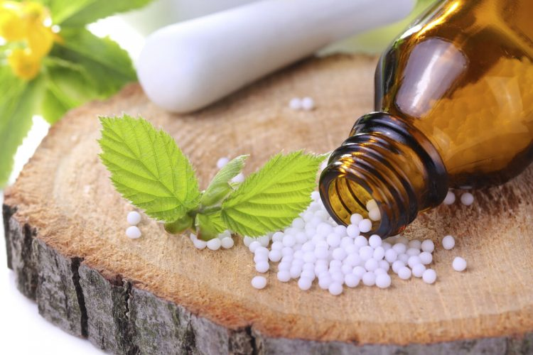 Для лечения артритов также применяют гомеопатические средства