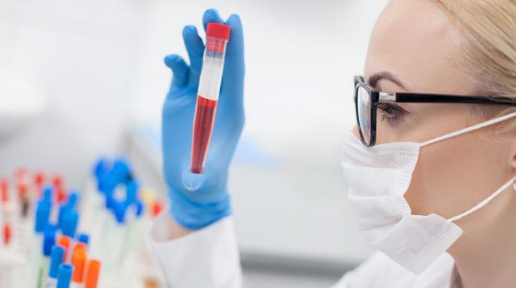 Больному необходимо сдать кровь на анализ