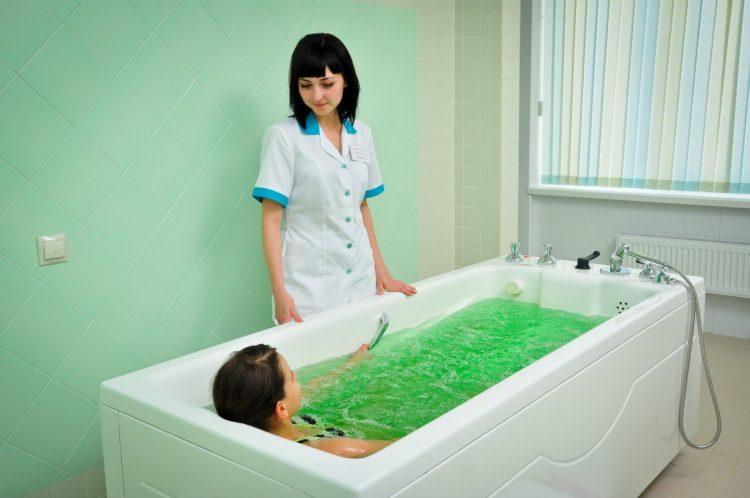 Лечебные ванны оказывают благотворное влияние на организм больного