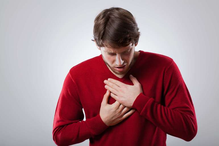 Одышка при остеохондрозе - симптом, которые при данной патологии встречается довольно часто