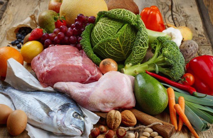 Рацион больного должен быть скорректирован в сторону правильного питания
