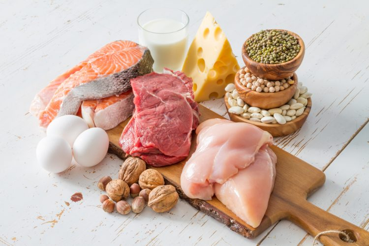 Больному необходимо откорректировать свой рацион и отказаться от жареных и жирных блюд