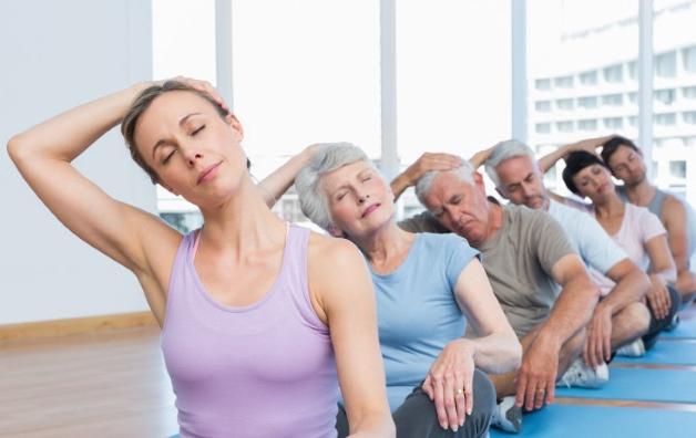 Перед выполнением упражнений обязательно следует провести разминку