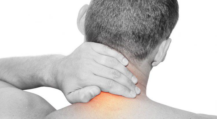 Перебои в сердце при остеохондрозе также симптомы кардиальной боли и как шейный остеохондроз влияет на сердце и эффективные методы лечения