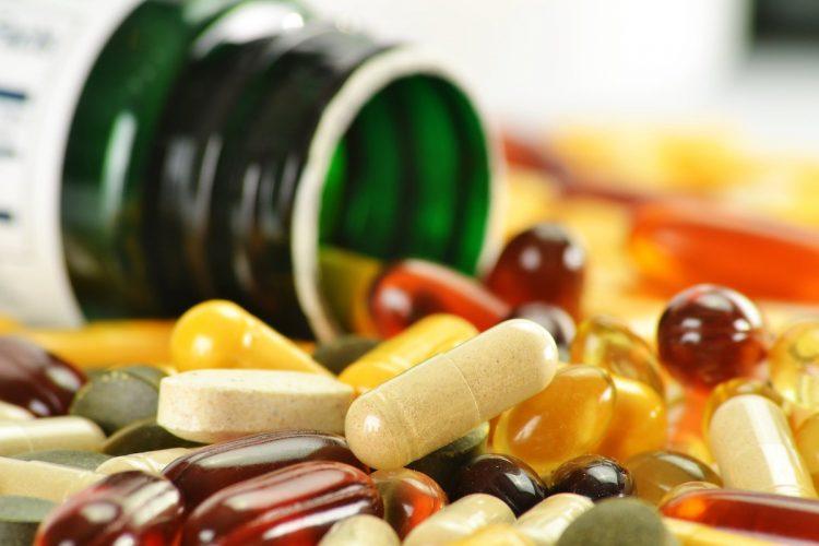 Все витамины делятся на две группы