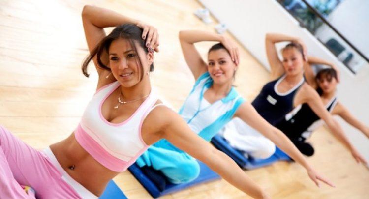 Йога - один из методов лечения патологии