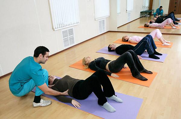 Первый курс упражнений следует провести под наблюдением специалиста