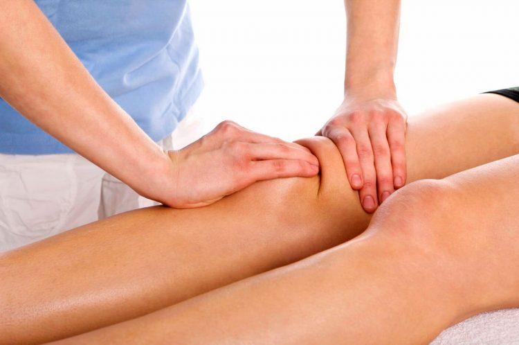 Проведение массажа коленного сустава