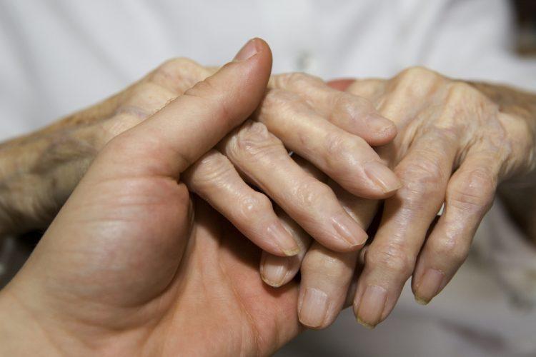Заболевание предоставляет огромный дискомфорт больному