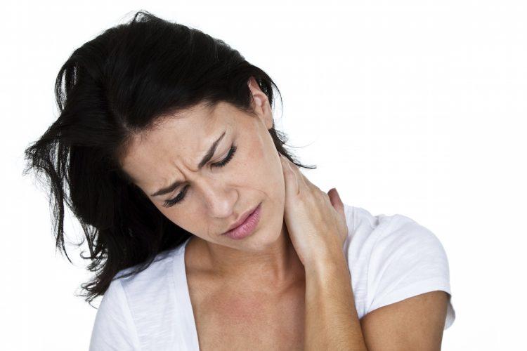 Панические атаки и боли в шее развиваются из-за множества причин