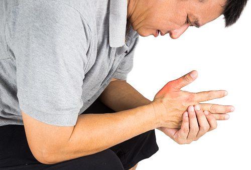 Боли в суставах при артрите