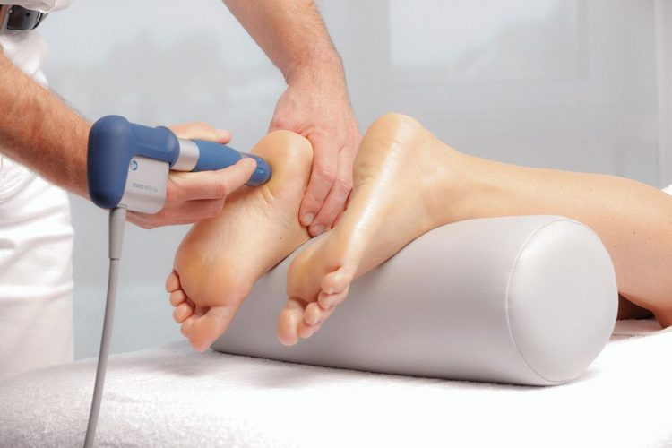 Физиотерапевтические процедуры снимают отек и воспаление