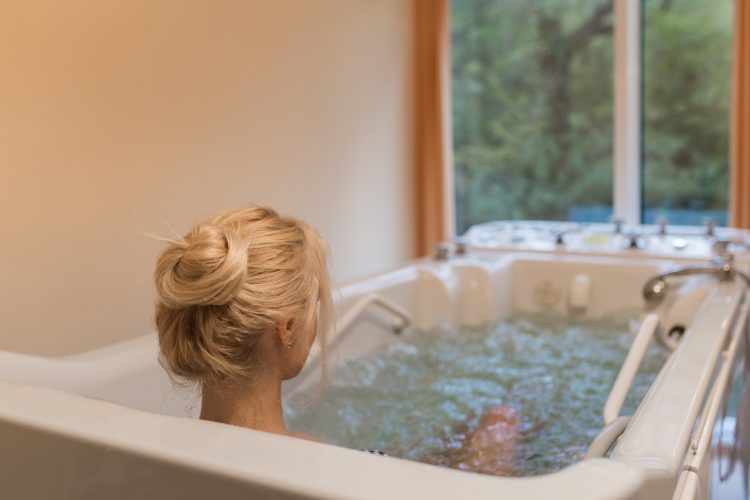 Лечебные ванны проводятся несколько раз в неделю