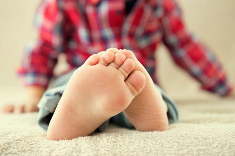 Патология может проявляться у детей, но чаще всего имеет благоприятный исход