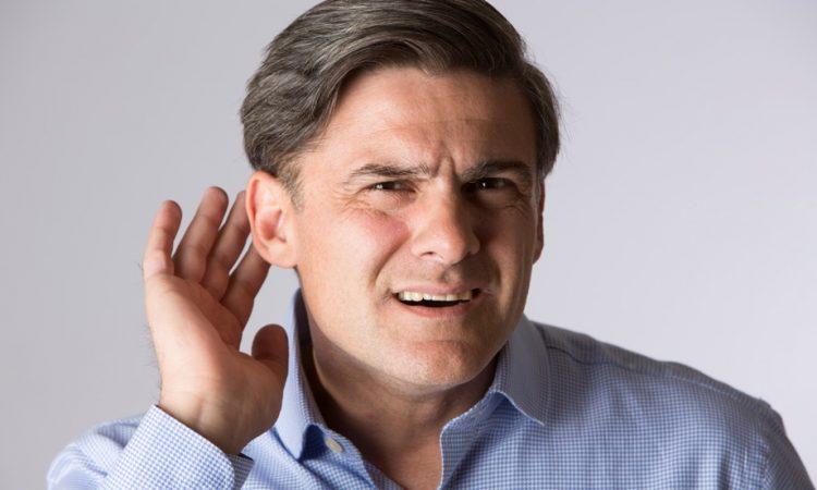Нарушение слуха - распространенная проблема при шейном остеохондрозе