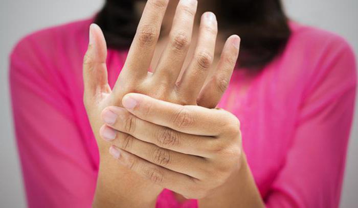 Заболевание оказывает быстрое разрушительное воздействие на ткани